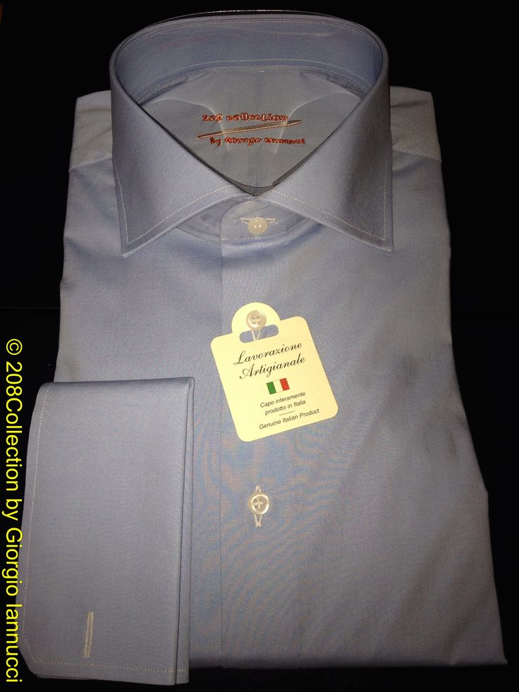 #208Collection #tailor_made #shirt realized in #Popeline #Cotton #Stretch with #spread #collar #frenchcuff and #australian #motherofpearl #button entirely #handcrafted #sprezza #sprezzatura #madeinitaly #italy #italia #fattoamano #GiorgioIannucci #artisan #mastertailor