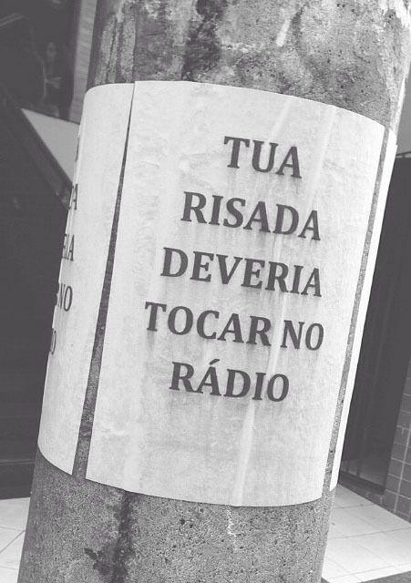 Tua risada deveria tocar no rádio. #amor #love #paixão #carinho #mca