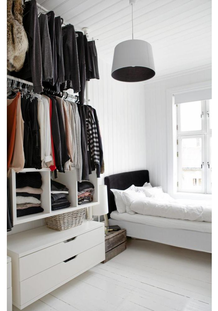 Rangement v tements chambre d e c o pinterest wardrobe systems closet system and malm for Bedroom closet organizers ikea