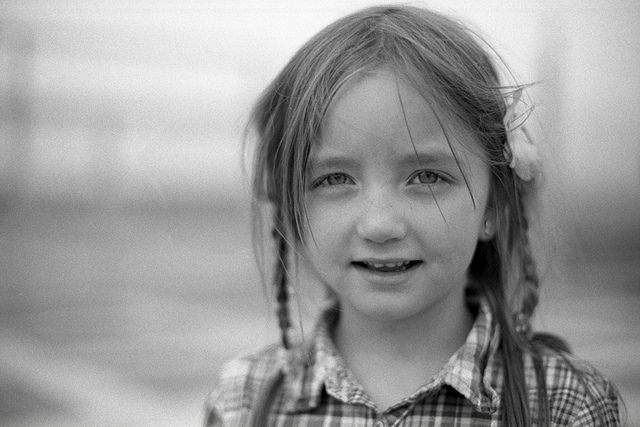 New Horizons by Jens J. Hoffmann.  Frieda....:)   Shot taken with the Nikon F4 on AGFA APX100@80 developed in Moersch EFD 2+1+50 for 10 minutes.