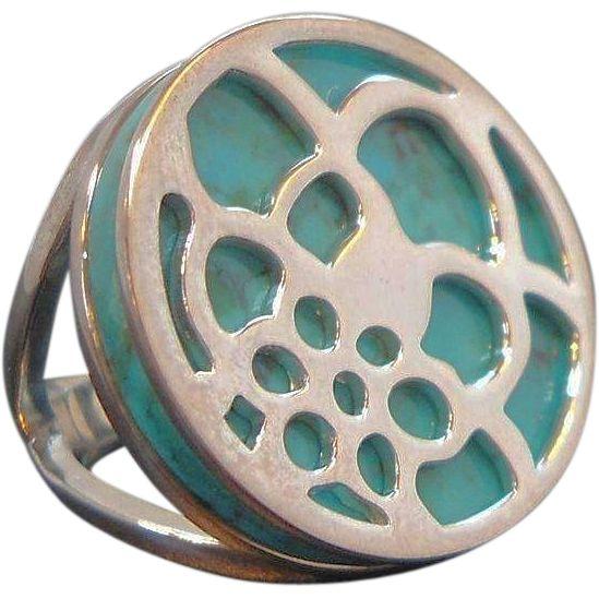 Vintage Round Blue Stone Sterling Silver Ring Thailand Size 5.5. found at www.rubylane.com #vintagebeginshere