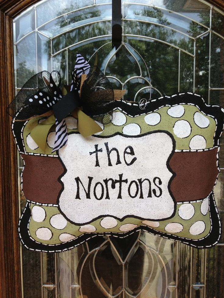 Personalized family burlap hanger-I am feeling quite confident one of these is going on my door very soon. LOVE!