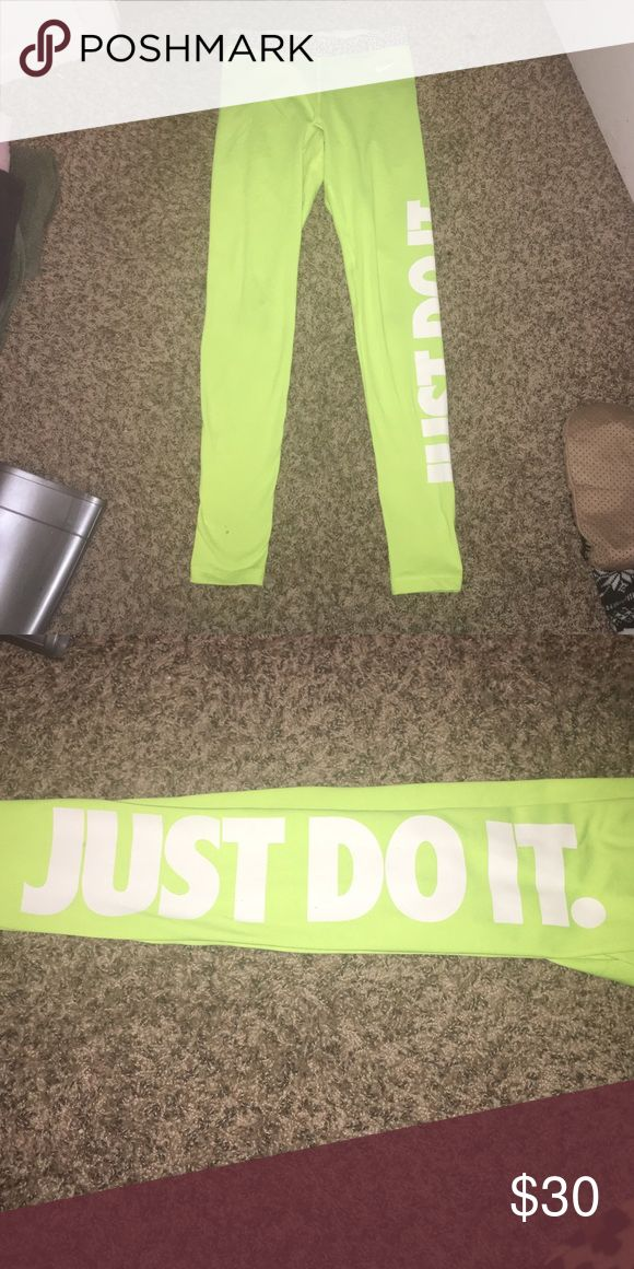 Nike Leggings Neon yellow Nike leggings, barely worn! Nike Pants Leggings