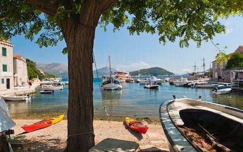 Best croatian islands elaphiti - spin