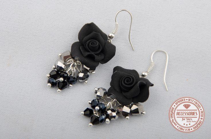 http://accessoriesforstars.blogspot.ro/ #rose #roses #velvet #crystals #black #silver #schine #accessoriesforstars
