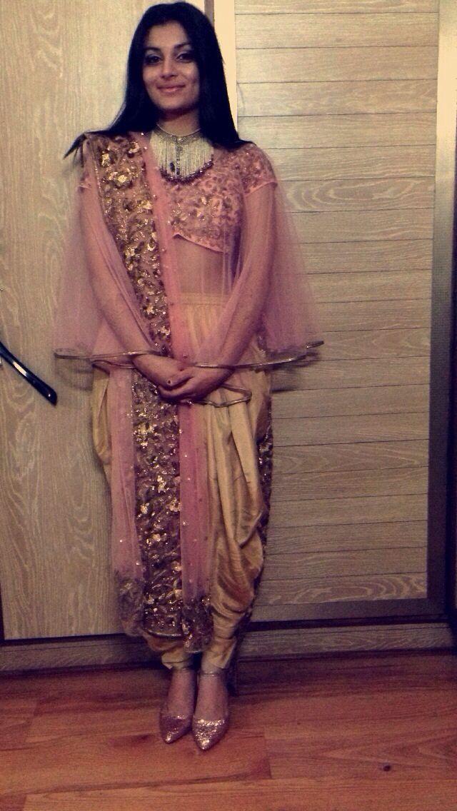 Anamika khanna inspired look.