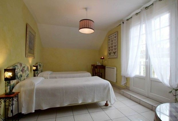 Trille Chambre D Hotes G421054 A Bosdarros Chambre D Hote Chambre Gite De France