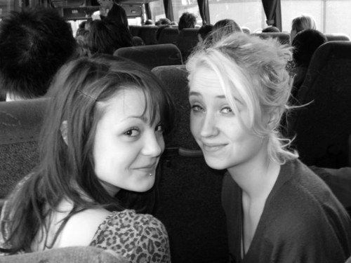 Lily Loveless and Kathryn Prescott, Skins - What a lovely picture
