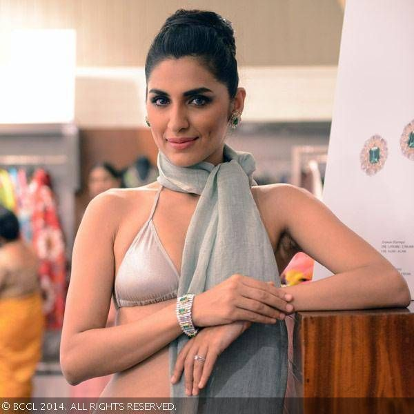 Amethyst unveils 'Project Blossoming'- The Times of India Photogallery