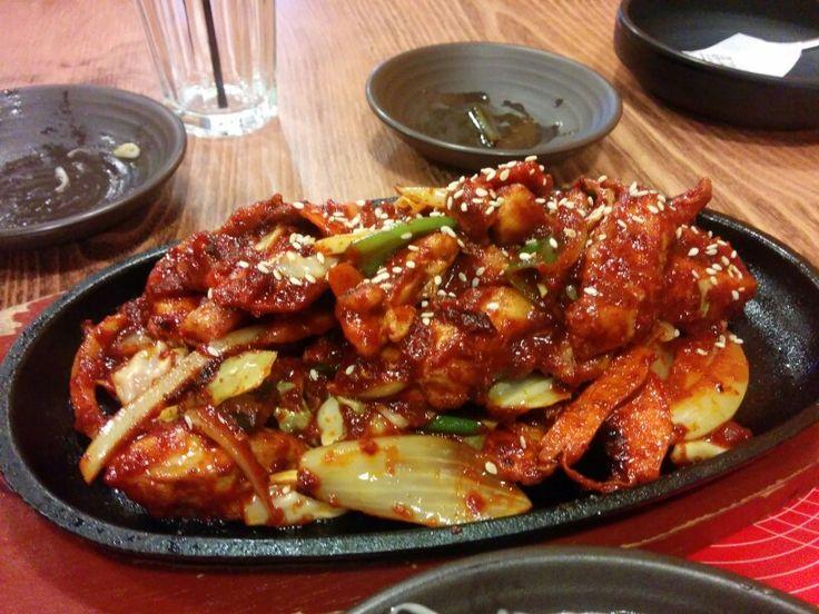 Spicy chicken - A: 3 B: 3