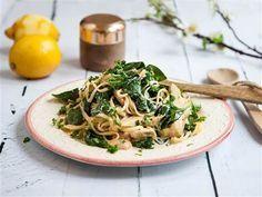 Snabblagad och krämig pasta med kronärtskocka, citron och mascarpone.