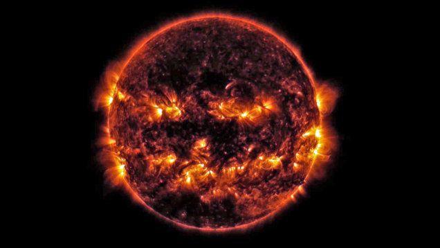W kosmosie Halloween już się odbyło. http://tvnmeteo.tvn24.pl/informacje-pogoda/ciekawostki,49/w-kosmosie-halloween-juz-sie-odbylo,145683,1,0.html