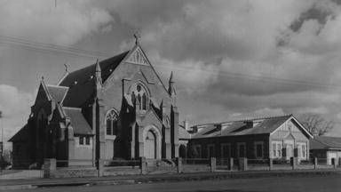 The Presbyterian Church on Kite Street, 1960. Photo:  The Collections of Central West Libraries.