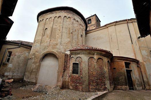 Il battistero romanico della chiesa di Breme, esempio di architettura romanica paleocristiana. Pic: Leonetto Strambi. #arte #storia #architettura #Pavia #Milano