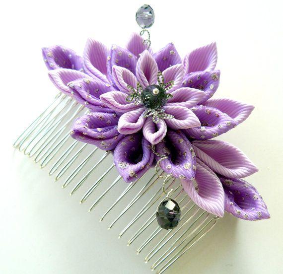 Peine del pelo de flores de tela Kanzashi. Orquídea.