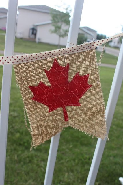 Daydreams of Quilts: Canada Day Flag Bunting Tutorial