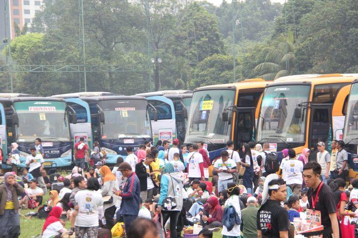 Indomaret memberangkatkan 10.118 pelanggan dan pedagang UMKM  ke kampung halaman. Pada penyelenggaraan tahun kedelapan ini Indomaret memberangkatkan dari  8 kota dan menambah kota tujuan Surabaya serta kota keberangkatan Balikpapan dengan moda tranportasi pesawat terbang.  Pemudik diberikan alternatif pilihan moda transportasi bus, kereta api, kapal laut dan pesawat udara. Dari Jakarta sebanyak 5.015 pemudik menggunakan 85 bus  dilepas oleh Sekda DKI Jakarta, Saefullah, Marketing Director PT…