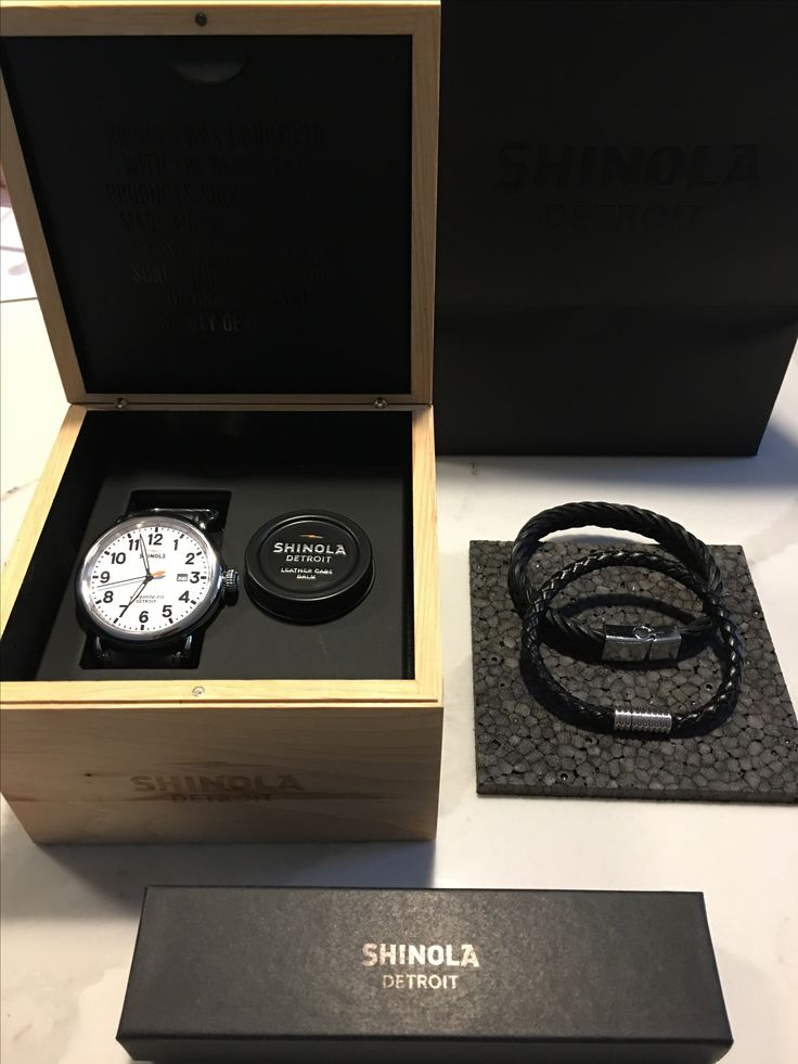 Shinola Runwell Aesthetic