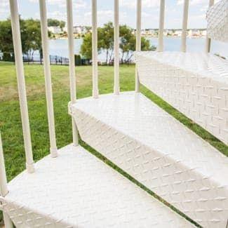 Best Outdoor Spiral Staircases Weatherproof Spiral 640 x 480
