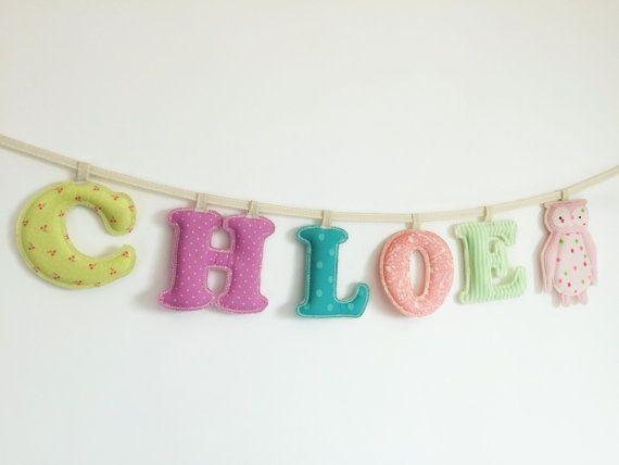 Bannière de nom de tissu de 5 lettres de bébé, fait sur commande salle nom bannière de pastel fille, faite à ordre enfants bannière