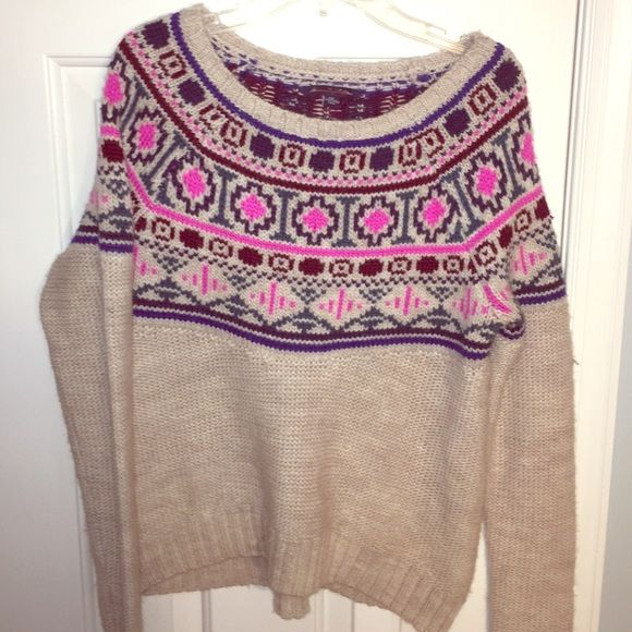Sweater Sale AEO Knit Sweater New with tags!! soft American Eagle sweater with pretty design on top half! Price is negotiable! American Eagle Outfitters Sweaters