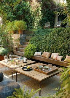 Outdoor lounge. | vip majlis