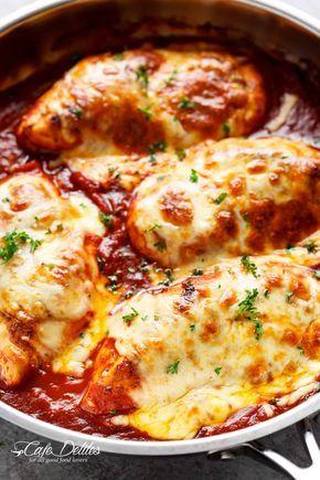 Easy Mozzarella Chicken (kohlenhydratarmes Hähnchen-Parma)