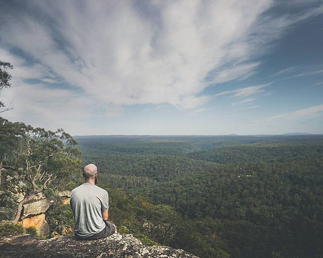 Our Road Trop in Australia started in Sydney and the first stop was in the beautifull blue mountains. Enjoy that view...  . . #australia #bluemountains #hike #backpacker #downunder #roadtrip #sky #travel #travelphotography #travelgram #passionpassport #neverstopexploring #earthpix #thegreatoutdoors #nature #lifeofadventure #mothernature #letsgosomewhere #picoftheday #landscape #landscapephotography #wanderlust #ourplanetdaily #stayandwander #backpackersjournal #wildernessculture…