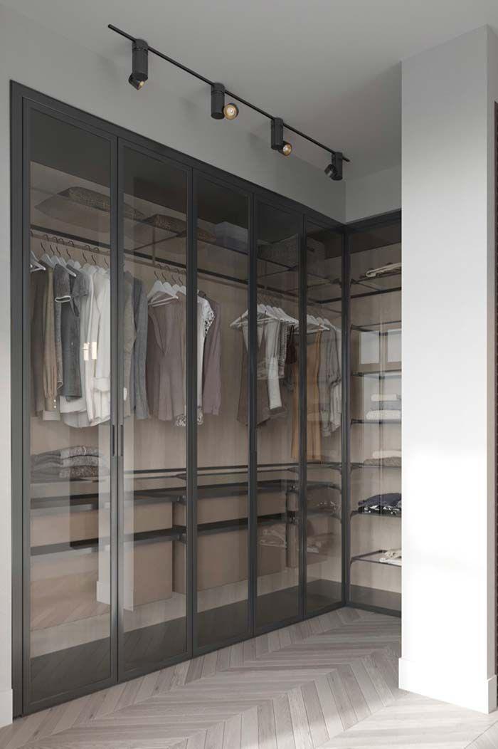 18febc20e0 Closet aramado com prateleiras de vidro
