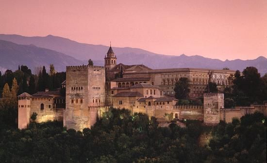 The Alhambra. Birthplace.of Katherine of Aragon and Juana of Castile. Home to their parents, Ferdinand and Isabella.Alhambra, Beautiful Places, Castles, Exotic Places, Granada Spain, Granada Alhambra, Architecture, Travel, Alhambragranada