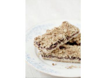 blueberry-blackcurrant-oat-slice-recipe -center-resized.png