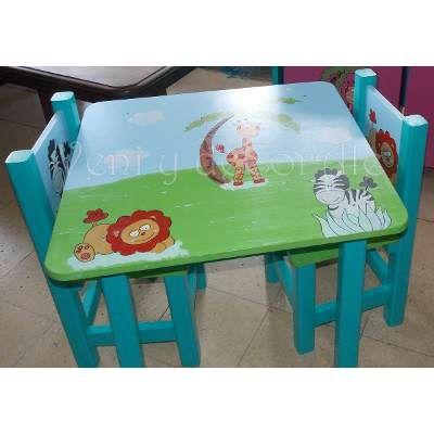 Mesa Y Sillas Infantiles, Baules, Cuadros, Decoracion... - $ 1.950,00 en Mercado Libre