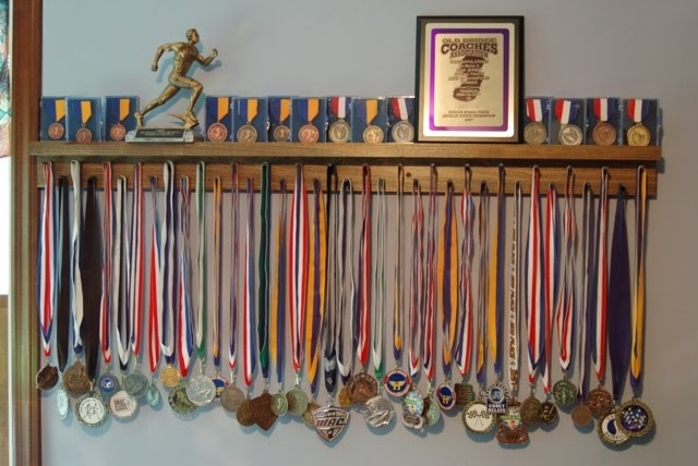 4' poplar stained award medal display for boys