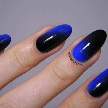 black_and_blue_gradient_ombre_nails_china_glaze_liquid_leather_topshop_nail_polish_by_lets_nail_moscow_blog_1-1_thumb370f.jpg (370×370)