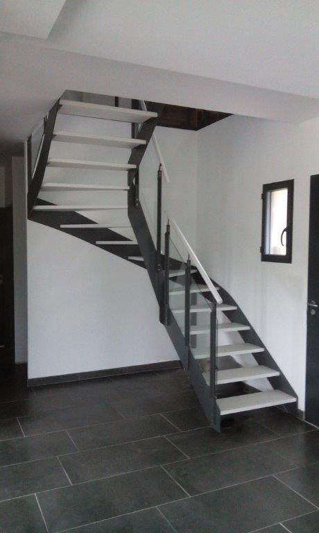 10 best ideas about steel stairs on pinterest metal stairs stair design and steel. Black Bedroom Furniture Sets. Home Design Ideas