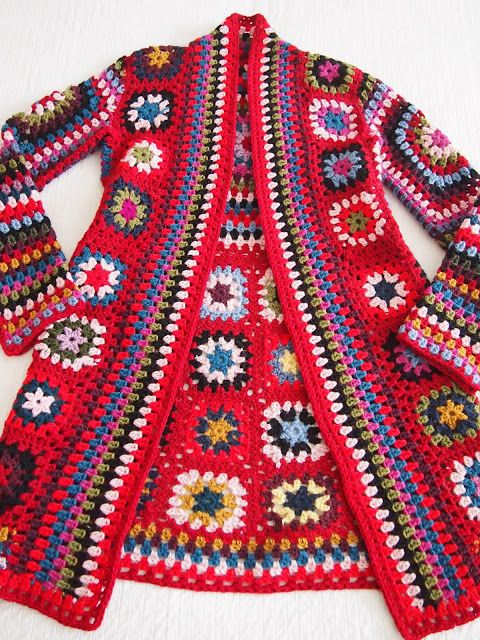 crochelinhasagulhas: Casaco de crochê colorido