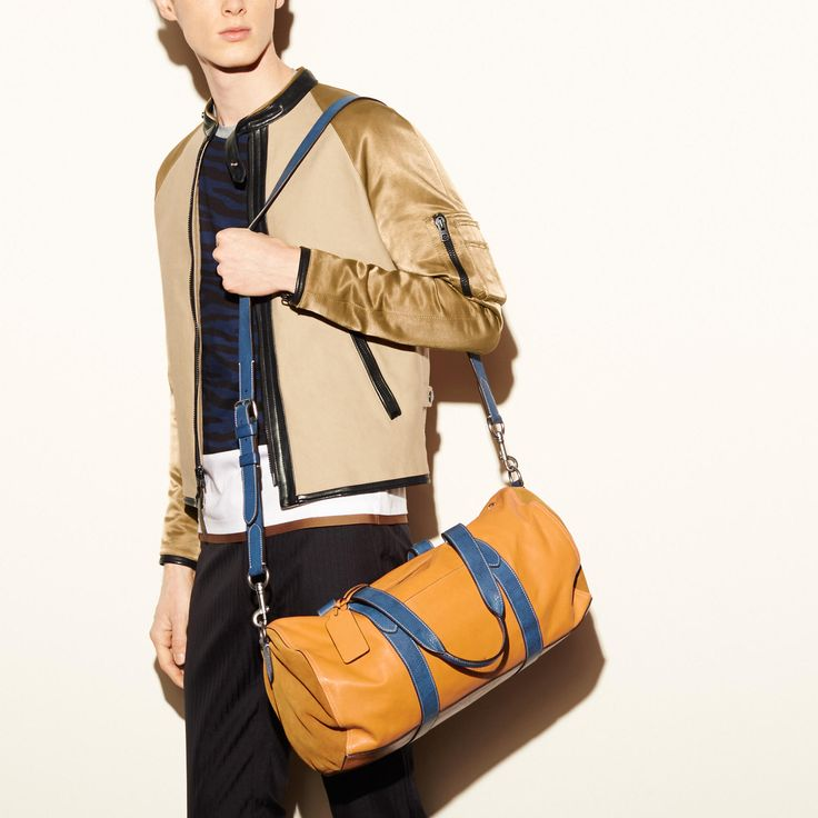 Coach Singapore Official page|LARGE GYM BAG IN SPORT CALF LEATHER