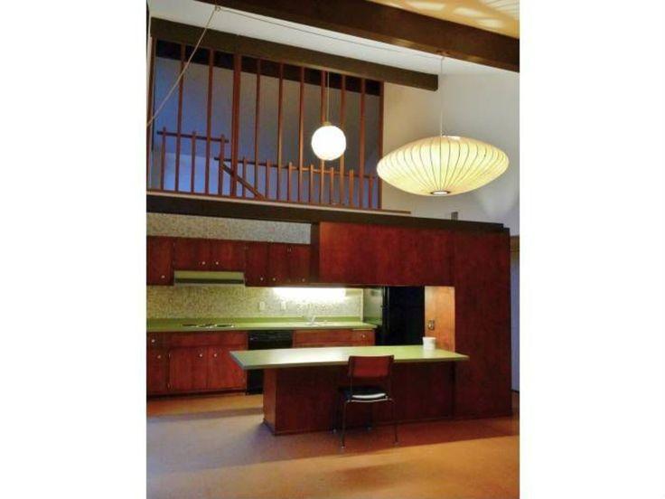 27 best mid century modern homes sacramento davis and for Mid century modern homes zillow