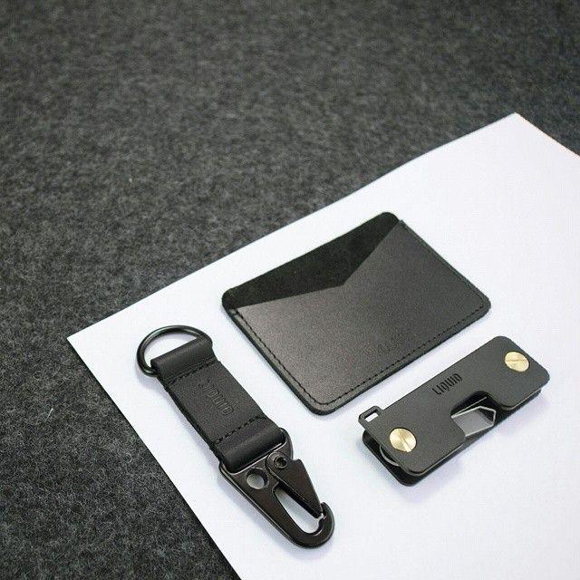 1. Leather Military Style HK Clip 2. E1 Credit Card Sleeve 3. Key Caddy #liquidco
