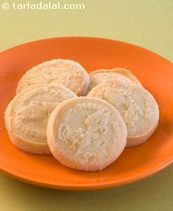 Shrewsbury Biscuits recipe | Indian Vegetarian Recipes | by Tarla Dalal | Tarladalal.com | #2527