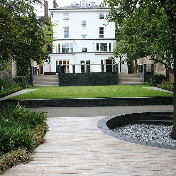 Stylish Formal Garden