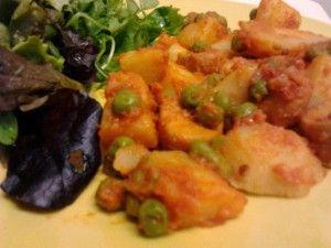 Pérolas do mar com batatas e ervilhas