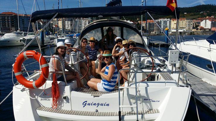 Despedida de solteras en un maravilloso velero de 12 metros! Lo hemos pasado en grande! #RiasBaixas #Sanxenxo #primavera06