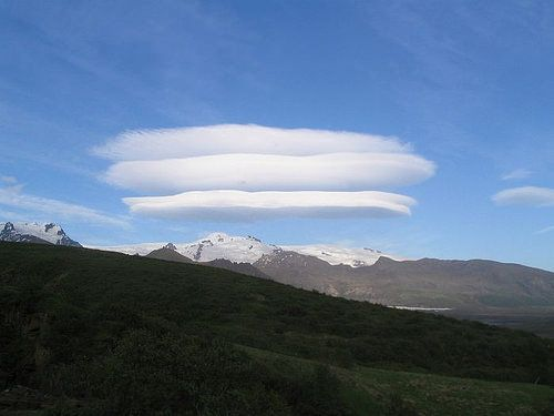 Lenticularis_cloud