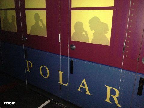 Seaworld Polar Express Outside Simulator Christmas
