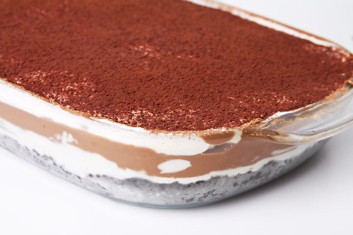 Dit recept voor chocolade lasagne is gevaarlijk lekker! Voor elke chocoladeliefhebber is dit werkelijk de zevende hemel in desert vorm!