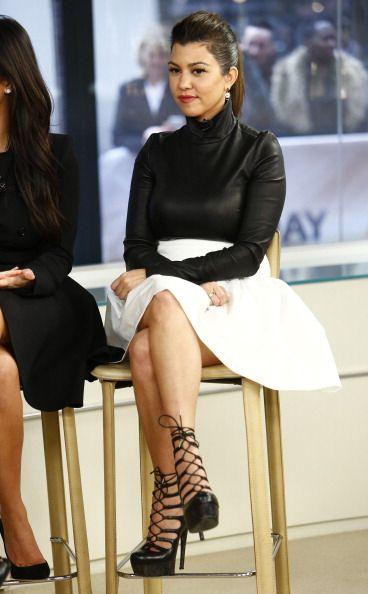 Kourtney Kardashian...cute outfit..luv the shoes =)