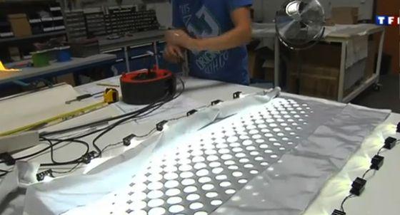 Tissu fibre optique fabrication 100% Française - UNIQUE, se voit en pleine lumière