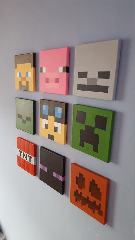 Minecraft Leinwand Wandkunst ist perfekt für jeden, der liebt Minecraft! Das sieht gut aus bis auf das Schlafzimmer Wand und bildet ein großes Geschenk.  Jede Leinwand ist handbemalt mit Acrylfarbe und misst 8 x 8 (20cm x20cm) Dieses Angebot gilt für alle 9 Minecraft Leinwand. Zeichen von oben links enthalten -Steve -Schwein -Skelett -Zombie -Tdm Dan -Kriecher -TNT -Enderman -Kürbis  Minecraft und deren Zeichen sind Eigentum von Mojang und Microsoft.