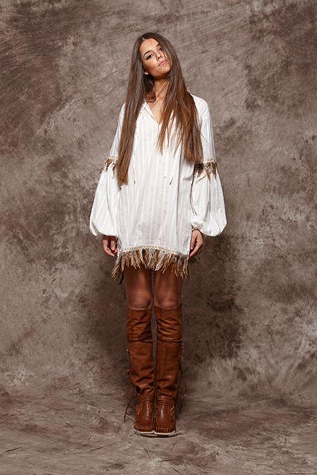 Camisa blanca con plumas - 105,00€ : Zaitegui - Moda y ropa de marca para señora en Encartaciones